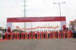 Chính thức thông xe đường Phạm Văn Đồng rộng 12 làn xe