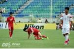 'Nhảy múa' trước U19 Trung Quốc, Công Phượng hai lần nằm sân