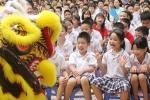 'Ngày đèn lồng Việt' mang Trung thu ấm áp đến các em nhỏ