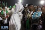 Đám cưới tập thể thời chiến rộn ràng đường phố Lybia