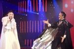Bước nhảy hoàn vũ: Minh Hằng 'chôm giọng hát' Lan Anh?