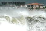Siêu bão Utor đổ bộ, Hà Nội sẽ lại ngập nặng