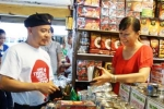 Ông chủ Trung Nguyên tự ra chợ bán cà phê