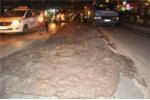Hà Nội: Bùn thải bủa vây phố phường gần 1km
