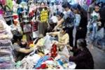 Quần áo gây 'ngớ ngẩn' trẻ em tràn chợ Đồng Xuân?