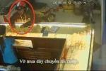 Clip: Những pha cướp giật táo tợn bị camera ghi lại