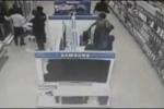 Clip: Quý bà vào siêu thị trộm cả tivi LCD giấu dưới váy