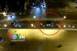 Taxi đâm liên hoàn trên cầu vượt Thái Hà: Tài xế gây tai nạn khi đang bỏ chạy