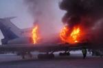 Video: Máy báy Nga cháy ngùn ngụt tại sân bay Surgut