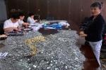 Trung Quốc: Ngân hàng 'vã mồ hôi' đếm tiền xu