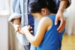 Chồng bảo mẫu xâm hại tình dục bé gái 8 tuổi?