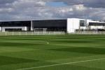 U19 VN đấu U19 Tottenham ở sân tập hàng đầu thế giới