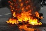 Clip: Xe ga bốc cháy đùng đùng trên đường phố