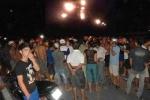 'Cẩu tặc' bị đánh bất tỉnh, xe máy cháy trơ khung