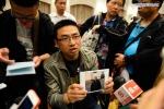 Thân nhân hành khách tàu chìm sông Trường Giang đau đớn chờ tin