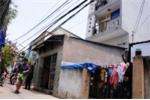 Những ngôi nhà nền sụt, tường hở sắp sập tại Sài Gòn