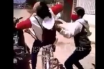 Dân mạng bất bình khi nam thanh niên đánh dã man một cô gái