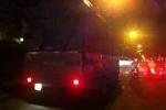 CSGT 'làm ngơ', xe tải nặng vô tư đi vào giờ cấm
