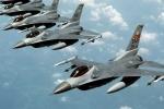 NATO tập trận không quân sát biên giới Ukraine