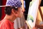 Chuyện đời chàng trai nhiễm chất độc da cam vẽ tranh bằng miệng được đề cử Oscar