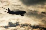 Máy bay Nga chở hơn 300 khách hạ cánh khẩn cấp