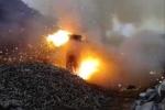 Clip: Tròn mắt xem cảnh tiêu hủy 2.000 viên đạn trong lò lửa
