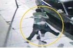 Clip: Hai người đàn ông ôm nhau thắm thiết sau khi xô xát 'nảy lửa'