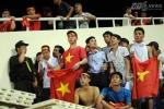 Lối đi 'ma' xem U19 Việt Nam không cần vé, VFF bất lực?
