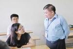 Thứ trưởng Bộ GD&ĐT: 'Kiểu đề thi này, luyện thi là vô ích!'