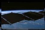Clip: UFO bay lơ lửng gần Trạm vũ trụ Quốc tế