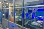 Người nhà bệnh nhi ở Bắc Ninh thất thần kể lại cảnh tượng chuyển viện, giành giật sự sống cho con