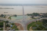 Cầu 1.460 tỷ đồng nối Phú Thọ và Hà Nội sắp thông xe nhìn từ flycam