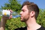 Mắc bệnh lạ, người đàn ông uống 20 lít nước, đi vệ sinh 50 lần mỗi ngày