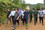 Phó Thủ tướng trực tiếp chỉ đạo tìm kiếm nạn nhân vụ sạt lở vùi lấp 18 người ở Hòa Bình
