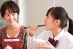 Bồi dưỡng sức khỏe cho sỹ tử mùa thi thế nào?