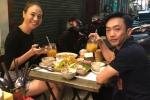 Cường Đô la - Đàm Thu Trang đón Valentine ở quán ăn vỉa hè
