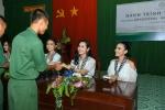 Ky Duyen, Hoang My hao hung giao luu cung chien si Tay Ninh hinh anh 5