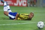 Cafu tiết lộ lý do Ronaldo mờ nhạt ở chung kết World Cup 98