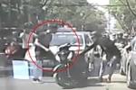 Nam thanh niên chạy SH tạt đầu taxi khiến bạn gái bị thương còn lao vào hành hung tài xế