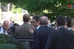 Video: Tổng thống Thổ Nhĩ Kỳ lặng lẽ đứng nhìn vệ sỹ đánh người biểu tình