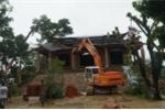 Ảnh: Hàng trăm người phá dỡ cung điện thờ thiên xây trái phép tại Hà Nội