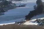 Video: Khói đen bốc cuồn cuộn từ tàu ngầm Nga