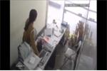 Clip: 'Nữ quái' đột nhập văn phòng, trộm laptop 'dễ như ăn kẹo'