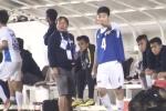 Video: Xuân Trường đứng ngoài sân 'chỉ đạo' đồng đội như Ronaldo