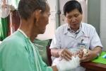 Việt Nam lần đầu nối mạch máu không cần kim khâu