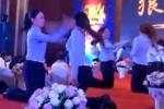 Video: Công ty bắt nhân viên quỳ gối tát nhau để xây dựng tinh thần đồng đội gây phẫn nộ
