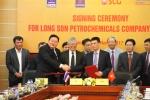 Tập đoàn Dầu khí ký kết nhiều văn kiện quan trọng của Công ty Hóa dầu Long Sơn