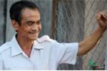 Cha con người tù lịch sử Huỳnh Văn Nén ôm nhau khóc: 'Tự do rồi, tự do rồi'