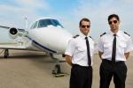 Nghề phi công: Yêu cầu cực khắt khe, rủi ro ung thư cao bậc nhất