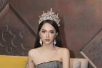 Hoa hậu Hương Giang khoe nhan sắc xinh đẹp ở Thái Lan